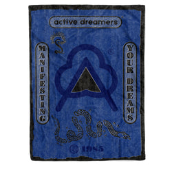 Manifesting Your Dreams Blanket Blue