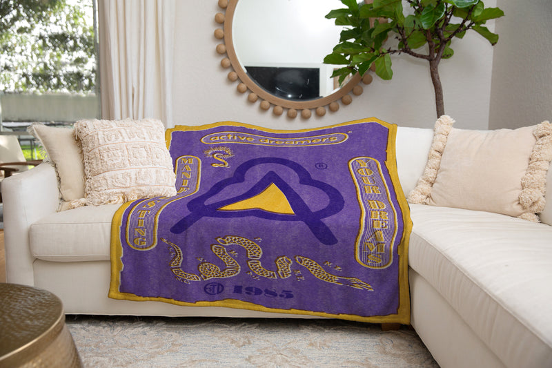Manifesting Your Dreams Blanket Purple