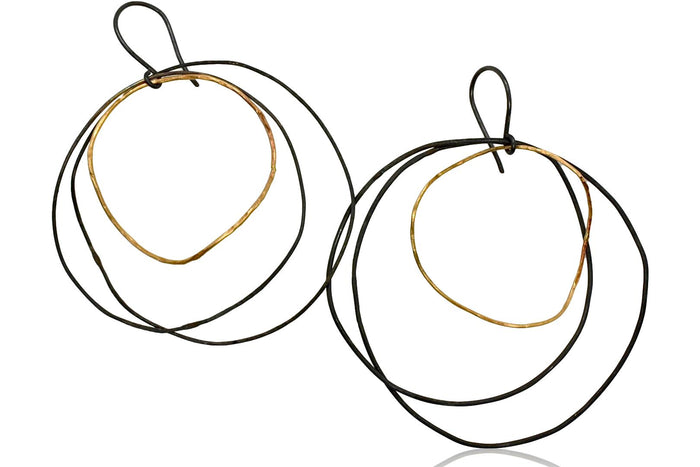 Sea Hoops / Black + Gold