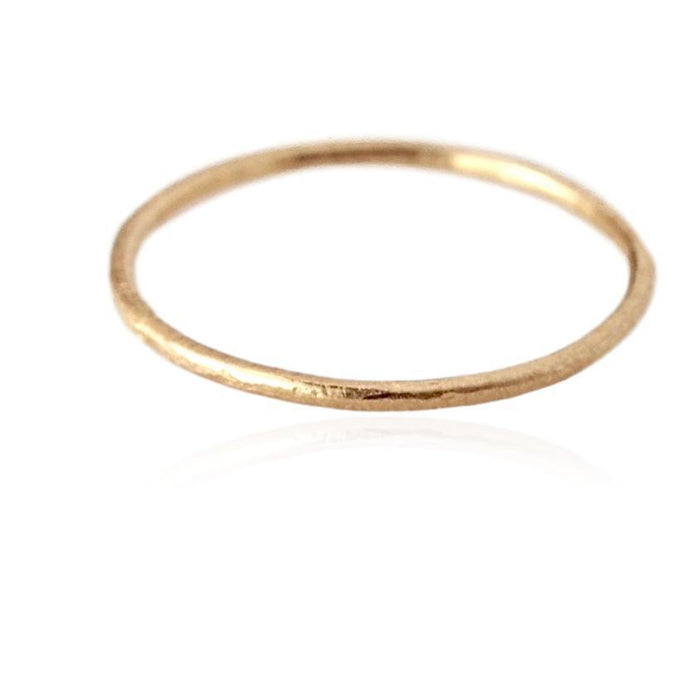 gold ring, hammered gold band