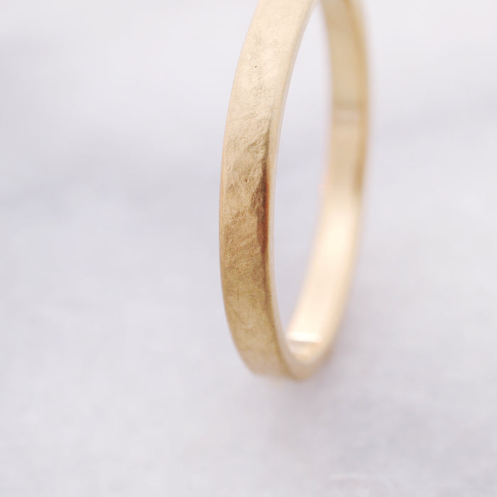 Weathered Band / 3mm Gold