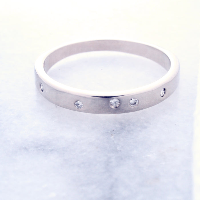 Stardust Band in 18k white gold