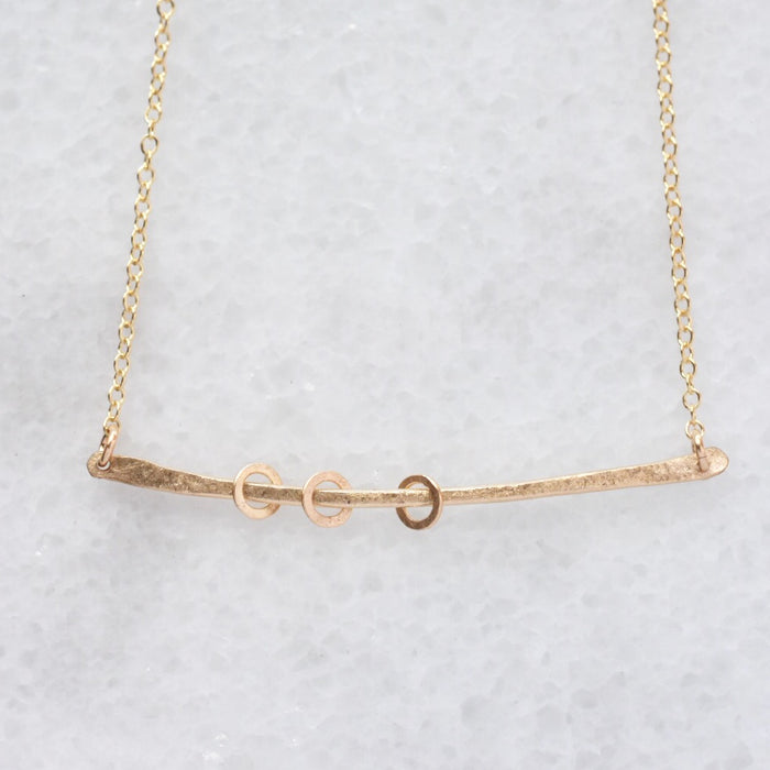 Swing Necklace in Gold