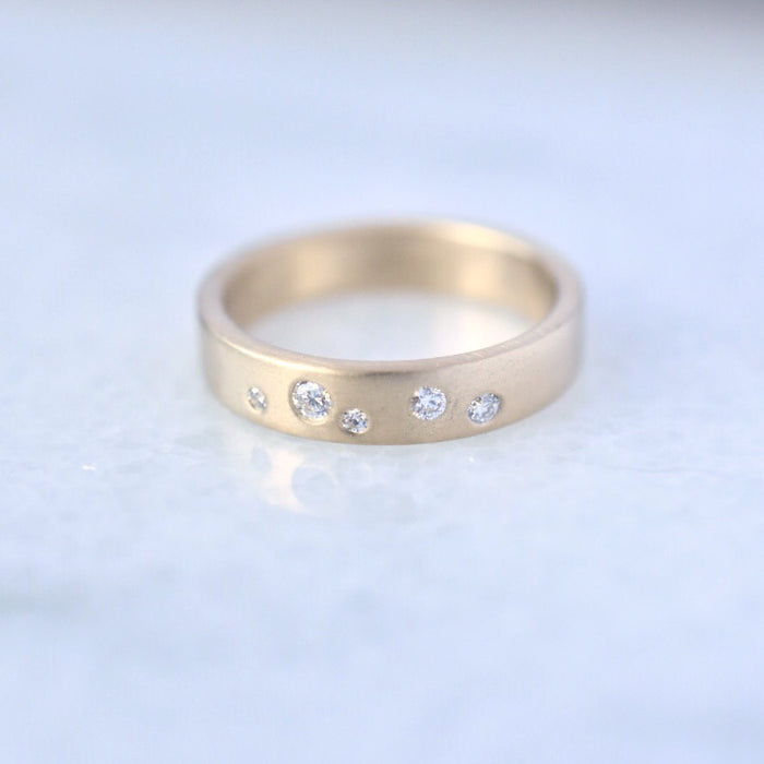 Stardust Band in 14k gold