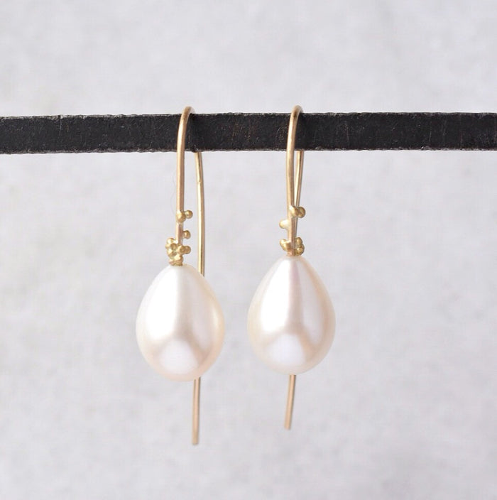 Water Drops in Pearl + 14k gold