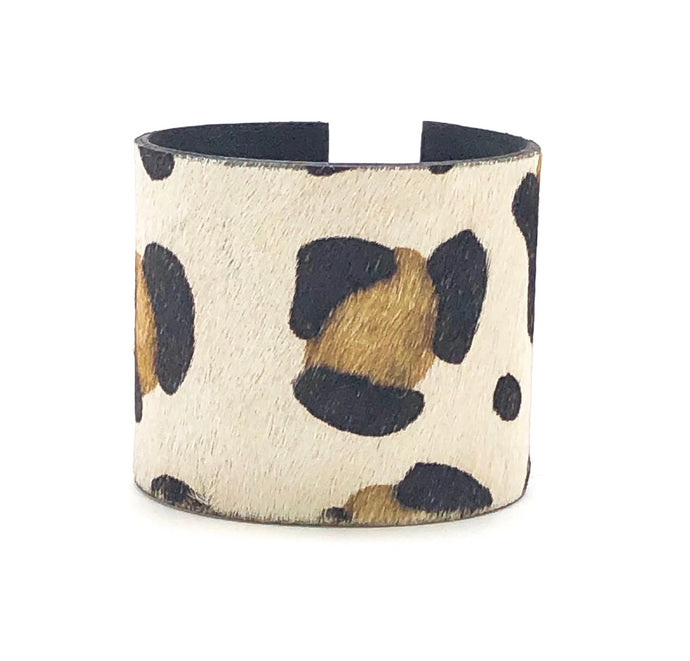 CHEETAH HIDE CUFF