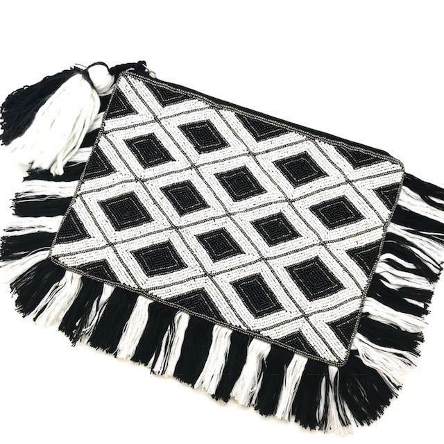 BEADED CLUTCH - BLACK/WHITE