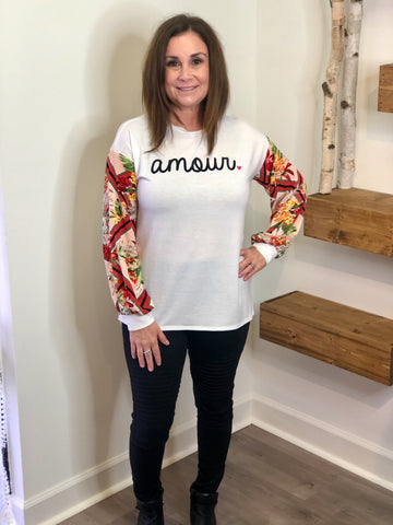 Amour Graphic Top