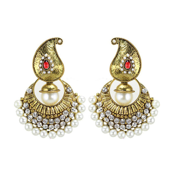 Priyanka | Bohemian Embellished Luxury Pearl Dangle Earring