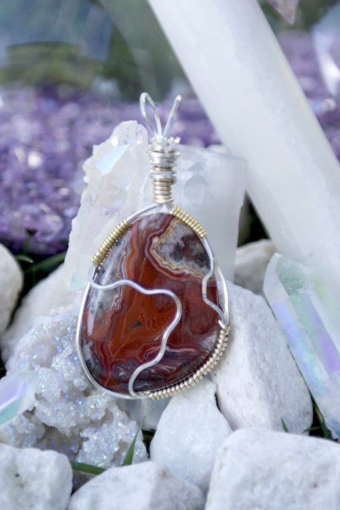 Ethereal: a red lace agate pendant