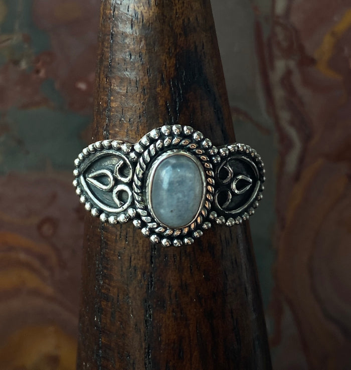 Sterling Silver Moonstone Size 7.75 Ring