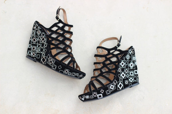 Black Geometric Pearl Wedges