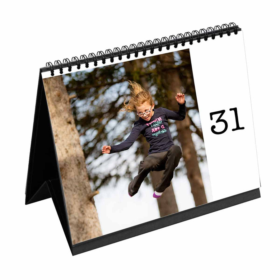 Calendars-31 Day Daily Desk Calendar-White-