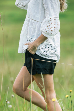 Black Linen Shorts with elastic waist - iland co.