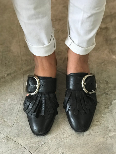 Kathie Fringe Slides | Black - The Happiness Journey
