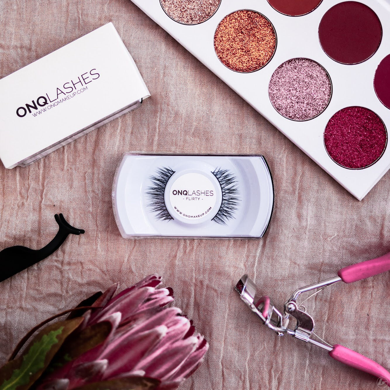 ONQ Flirty Lashes