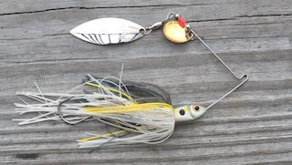 Spinnerbaits tips for fisher at panvago fishing blogs.