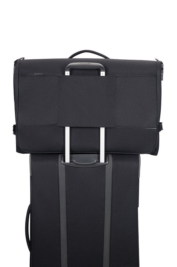 eef535e63fdd Samsonite Spark SNG Tri-Fold Garment Suit Bag Carrier