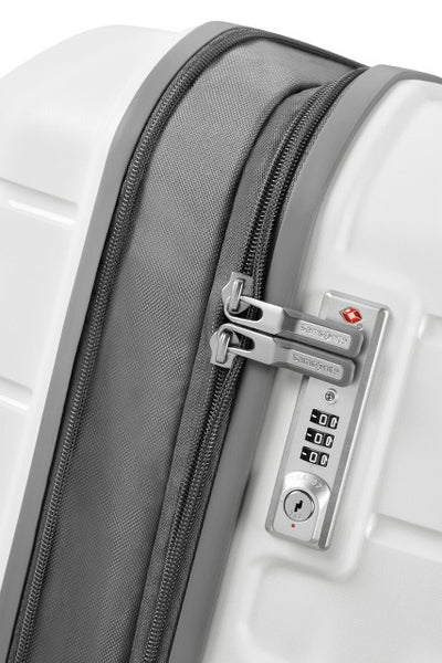 Samsonite Flux 81cm Extra Large 4-Wheel Spinner Suitcase