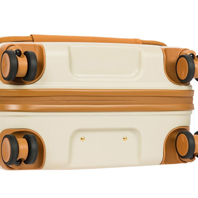 Bric's Bellagio 55cm 4-Wheel Cabin Case with USB Adapter