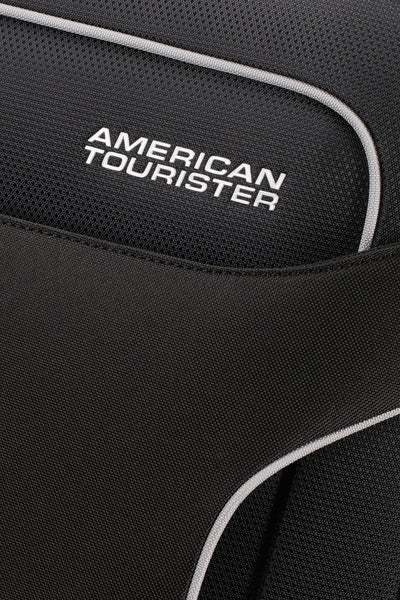 American Tourister Holiday Heat 79cm 4-Wheel Spinner Suitcase