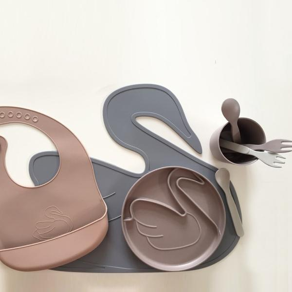 Swan Placemat- Grey-Eat-Lille Vilde-House Of Mint