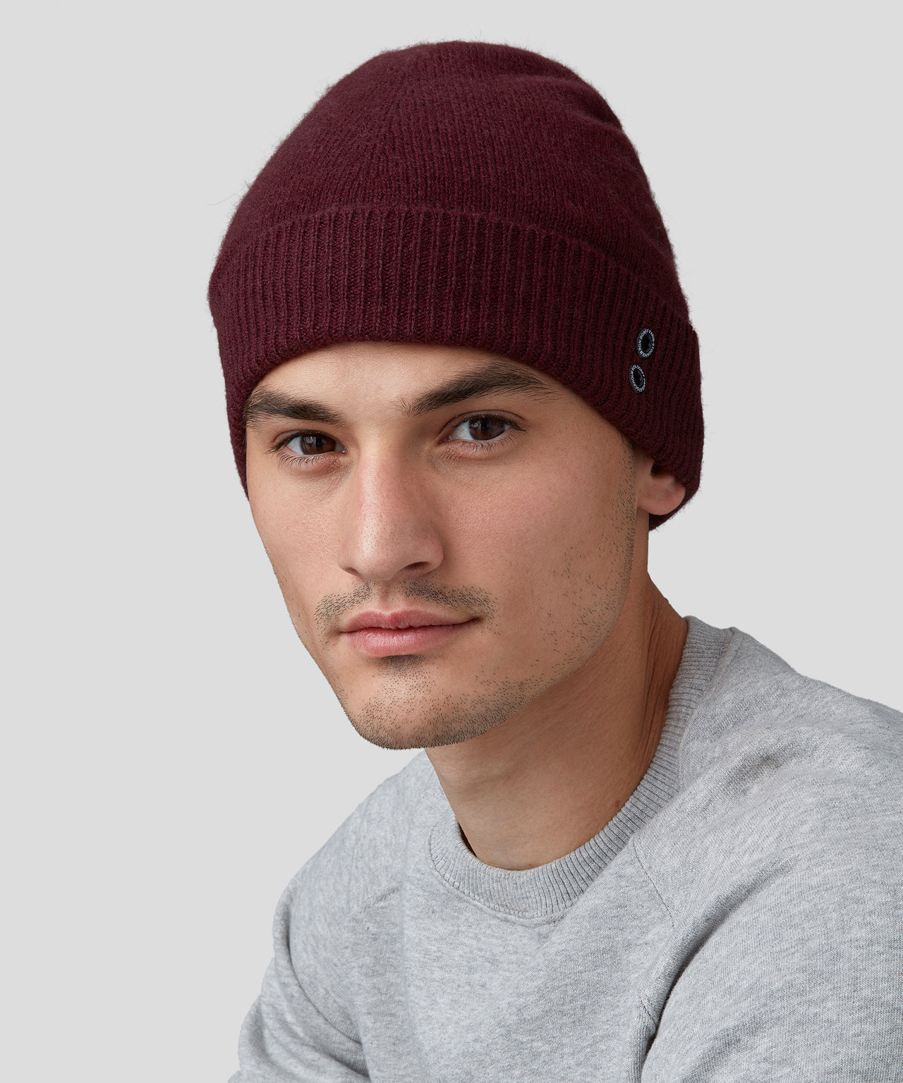 Cashmere Beanie - burgundy red