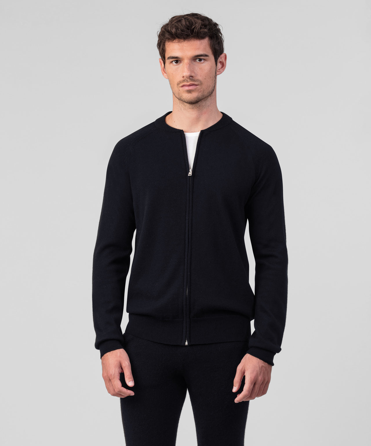 Merino Wool Zipped Sweater - black