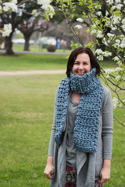 Merino Wool Bliss Scarf - Navy