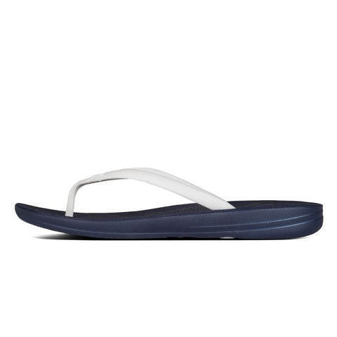 FitFlop™ Women IQushion Ergonomics E54 455 MidnightNavy/White Flip Flops - Alna Vi Shoes