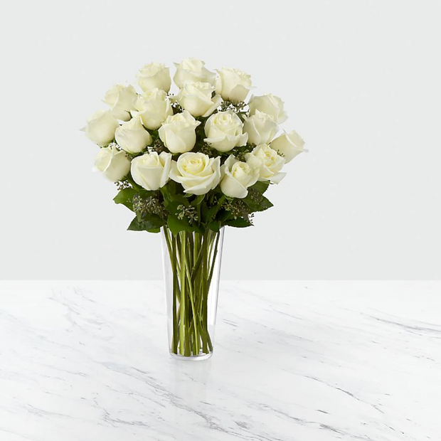 Preserved White Roses Bouquet (12-18 un)