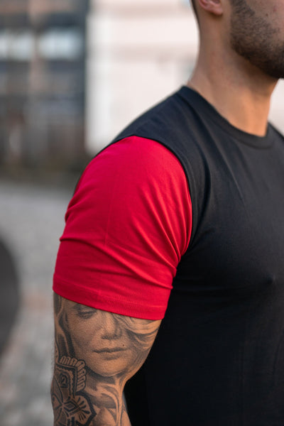 Icon Contrast T-Shirt - Black & Red