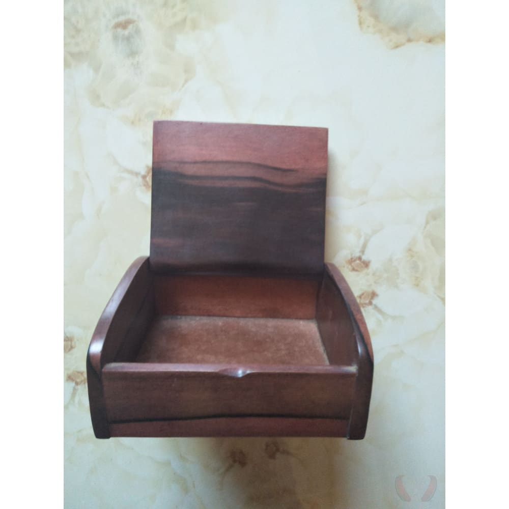 Woodie Wooden Hand-carved Jewellery Box - Decor and Art