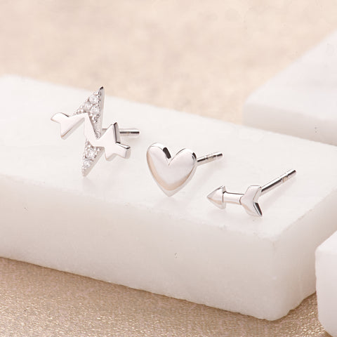 Heartbeat set of three single earrings