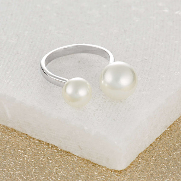Modern Pearl Ring - Scream Pretty