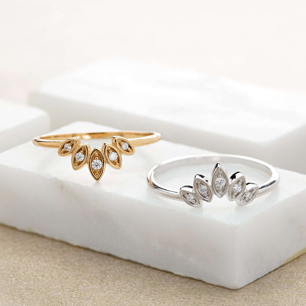 Ring - Sparkling Five Petal Ring