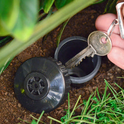 Key Hider - Sprinkler Head Disguise to Hide Spare Key - Garden Storage Holder for Hiding Key