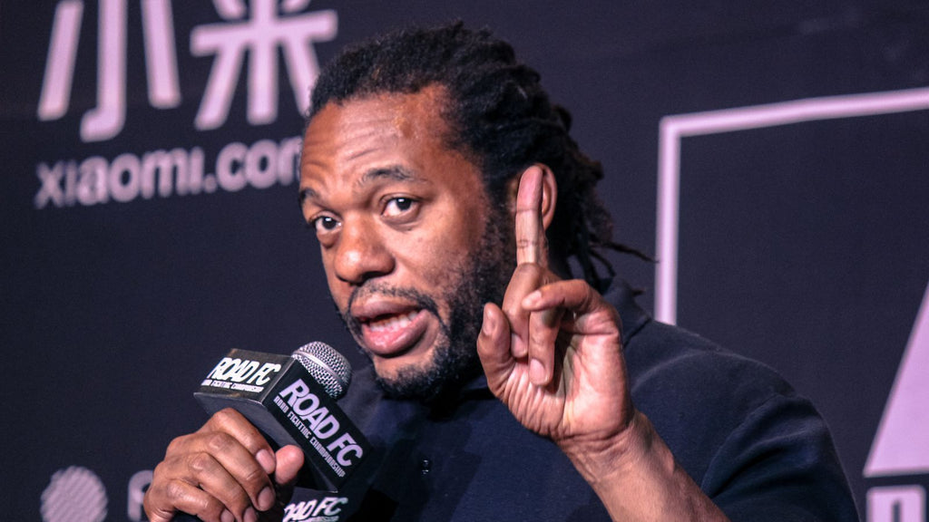 Herb Dean: The Most Iconic MMA Referee in History?