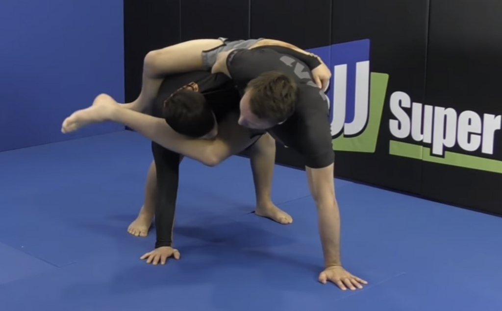 Triangle Choke - Easy To Learn, But Impossible To Apply
