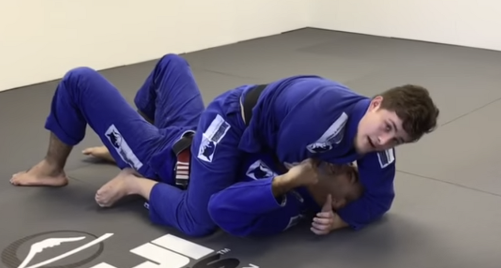 The Best Details On The Cross Choke From Mount
