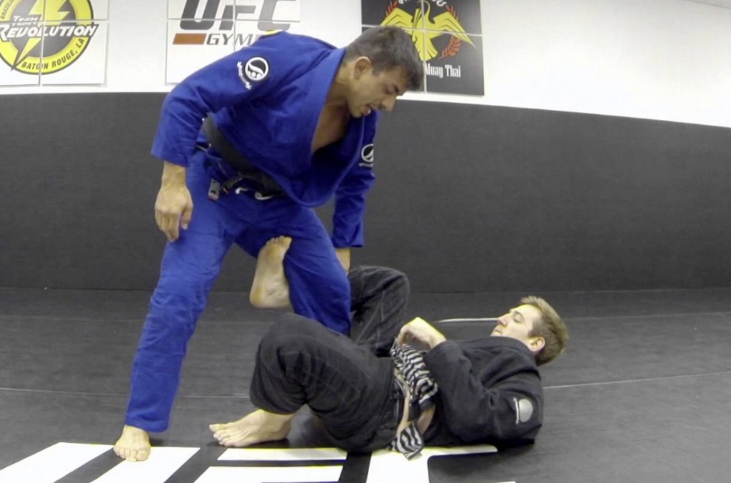 The De La Riva Guard Is A Must For All Jiu Jitsu Fighters