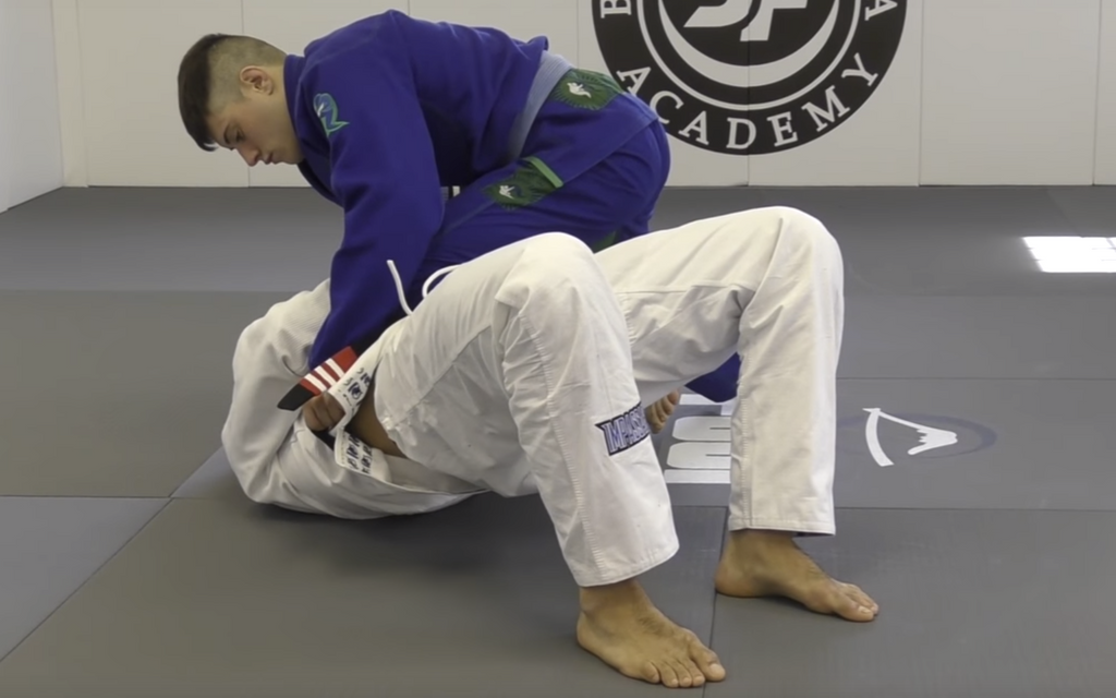 The ONLY Knee On Belly Escape With Bernardo Faria