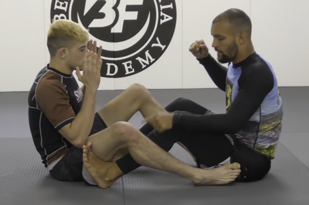 Leg Pummel For Foot Locks For Non-Stop Submission Attacks