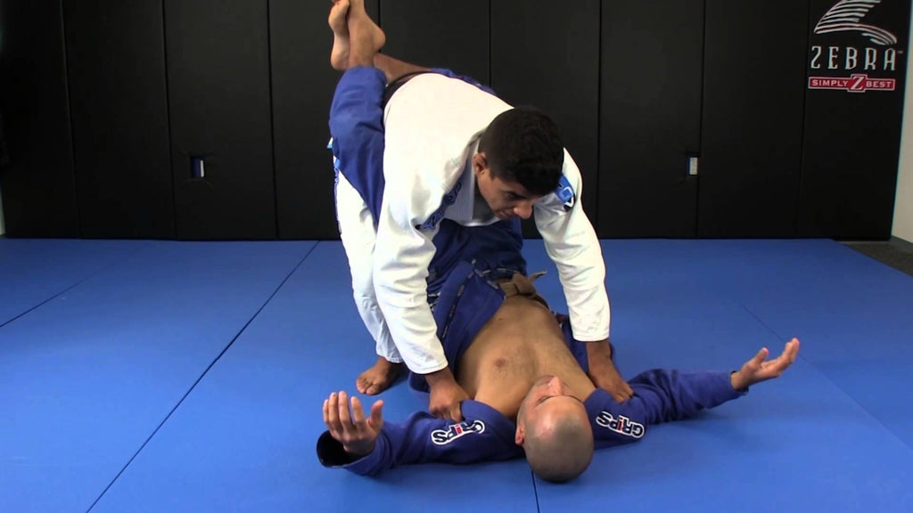 Foolproof Closed Guard Opener
