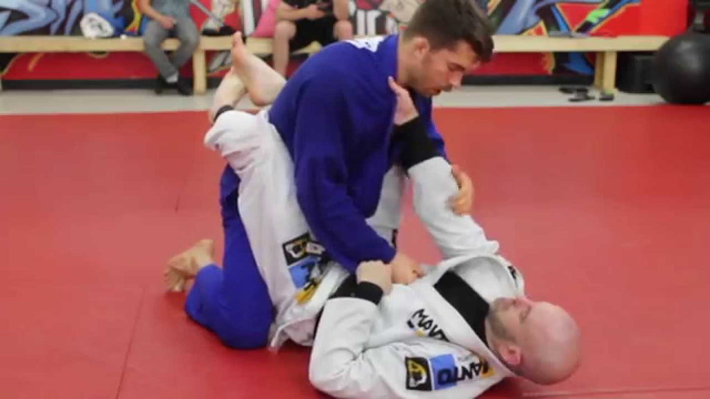 Using The Lapels From Closed Guard