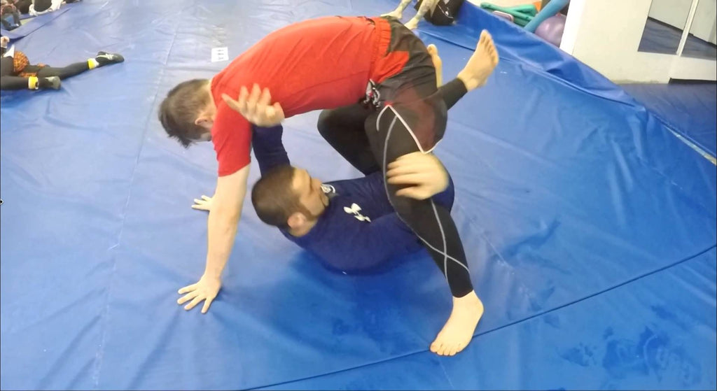 Butterfly Hook Entry to Knee Bar