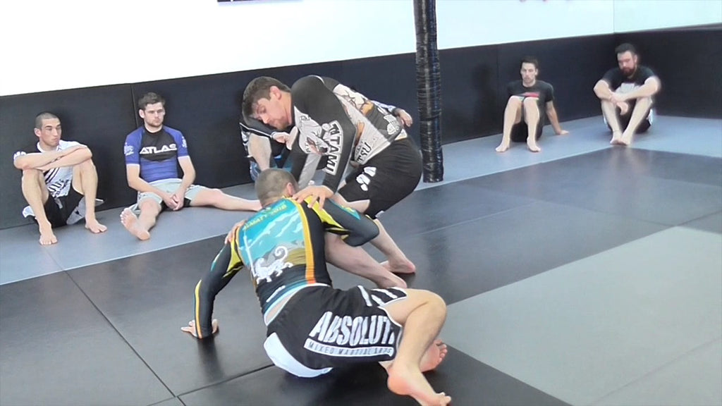 Set Up, Secure, and Execute the Perfect Single Leg with Lachlan Giles