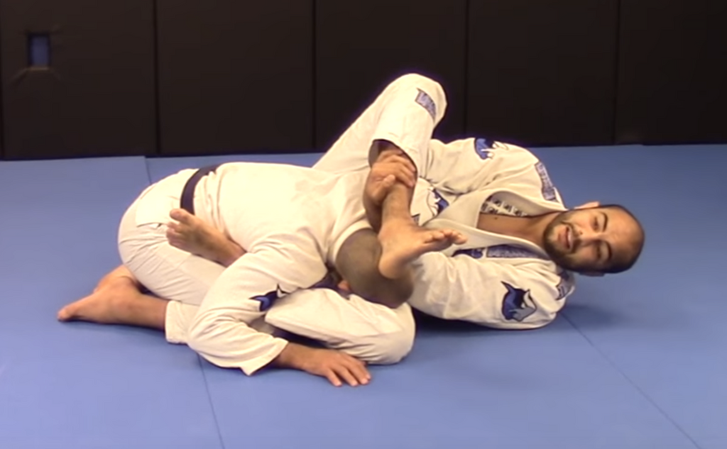 Old School Omoplata From Closed Guard With Bernardo Faria