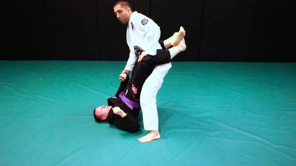 The Principles of Developing a Dangerous Closed Guard