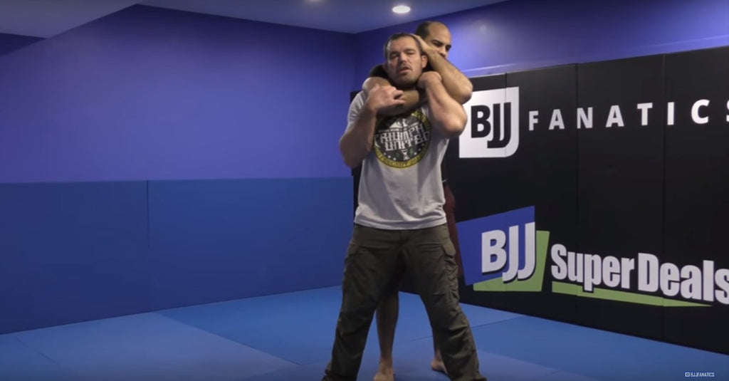 How Does The Great Dean Lister Defend A Standing Rear Naked Choke?